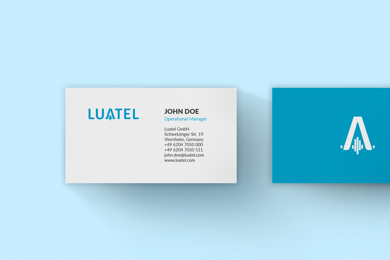 Visual Identity Business Card Luatel